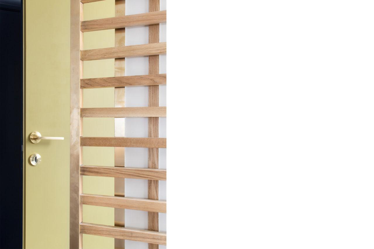 ban architecture renovation appartement paris interieur haussmannien combles comble or laiton grands boulevards 155