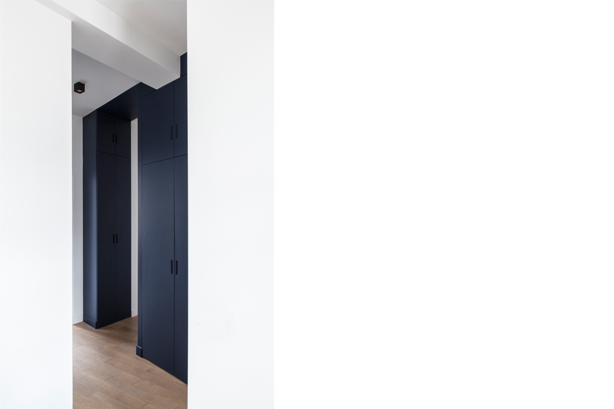 ban-architecture-appartement-renovation-paris-bleu-nuit-contemporain-clair-obscur-architecture-interieur-design-noir-9