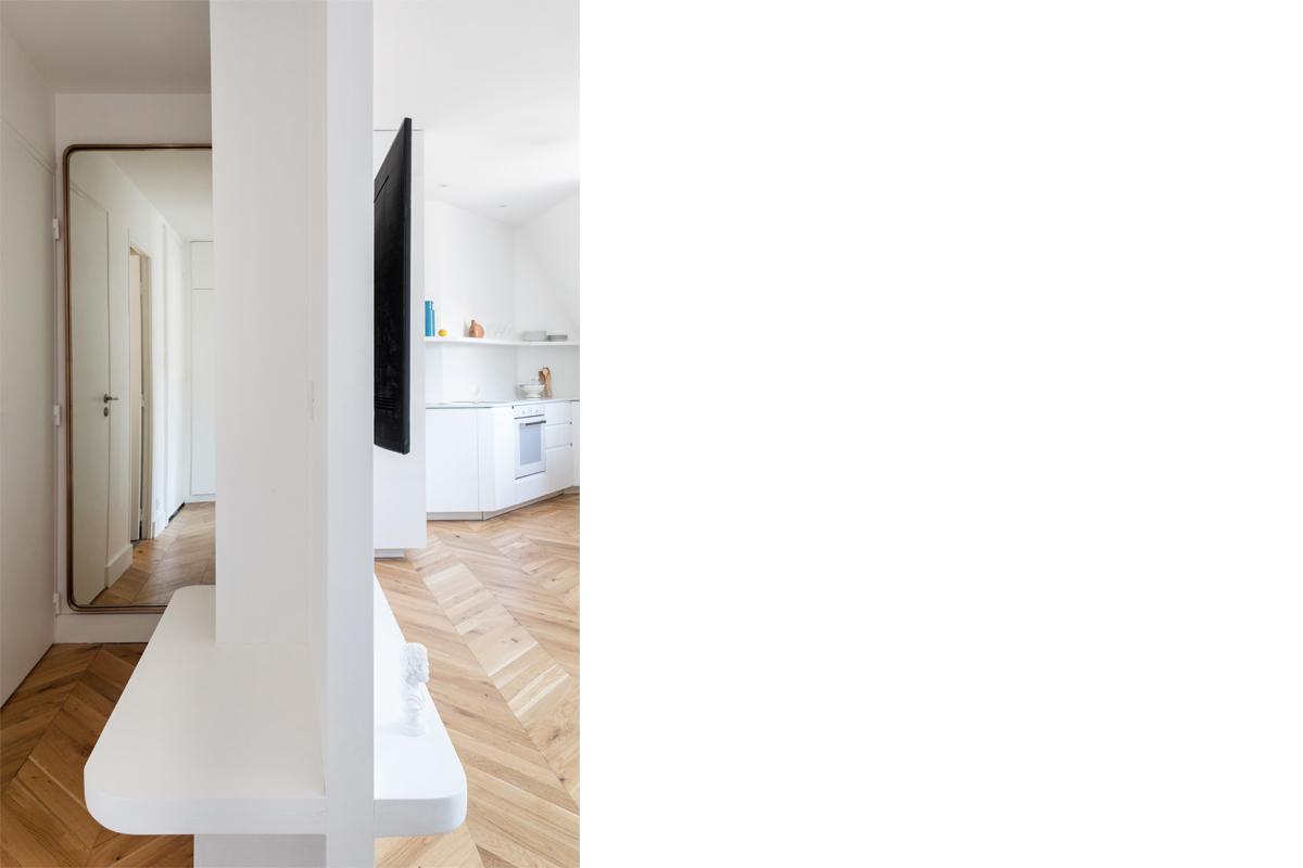 ban-architecture-appartement-renovation-paris-blanc-pur-mansardé-epuré-cuisine-ouverte-architecture-interieur-design-lumière-villier-11