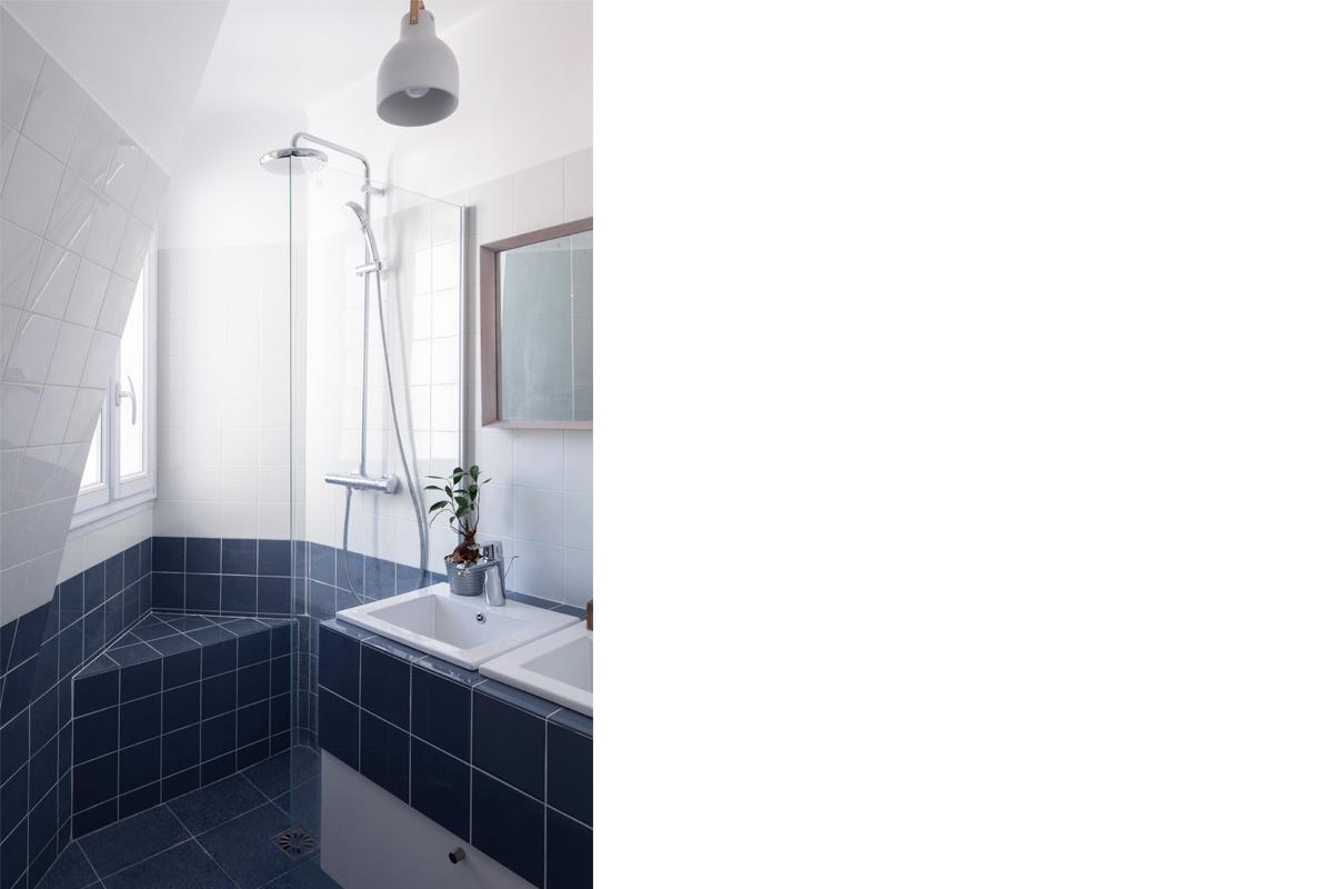 ban-architecture-appartement-renovation-paris-blanc-pur-mansardé-epuré-cuisine-ouverte-architecture-interieur-design-lumière-villier-13