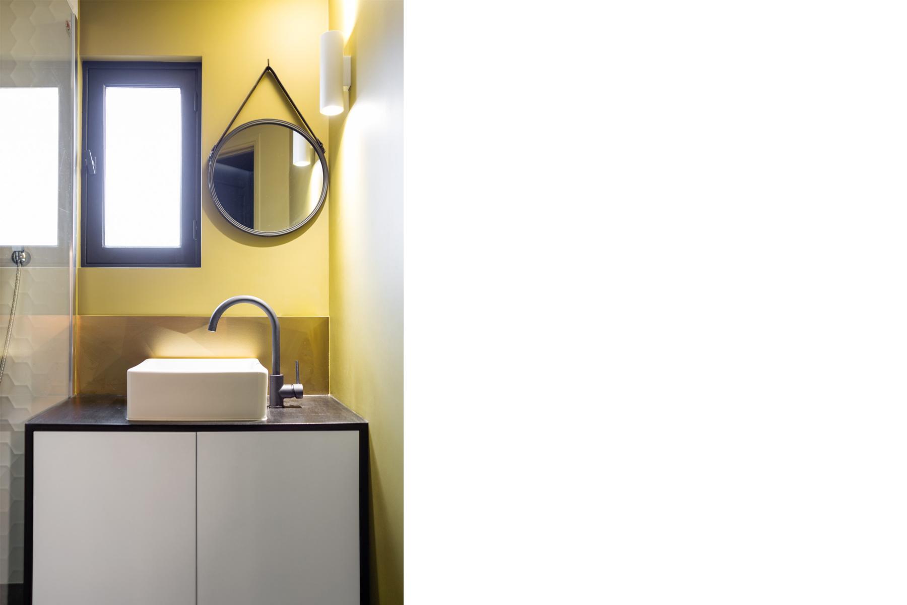 ban architecture renovation appartement paris interieur haussmannien combles comble or laiton grands boulevards 100