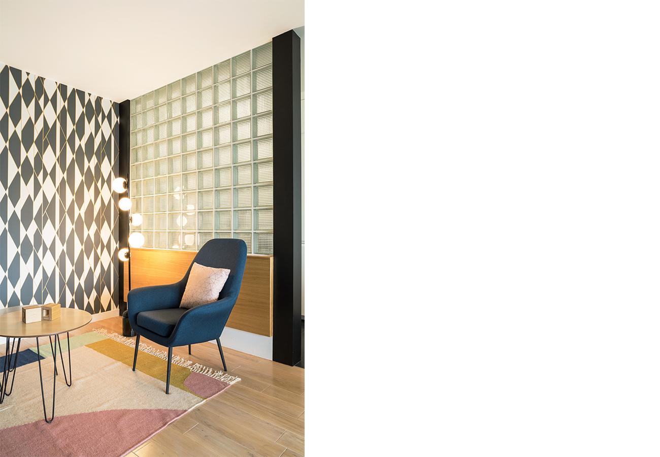 ban-architecture-renovation-appartement-paris-interieur-vintage-contemporain-1970-marbre-bois-noir-nation-2