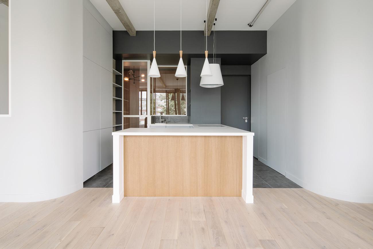 ban architecture renovation appartement paris interieur douceur maison blanche place d italie 1000