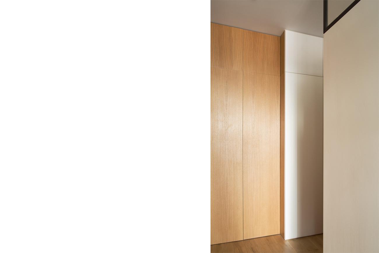 ban-architecture-renovation-appartement-paris-interieur-lumière-traversante-bleu-loft-maison-blanche-75-12