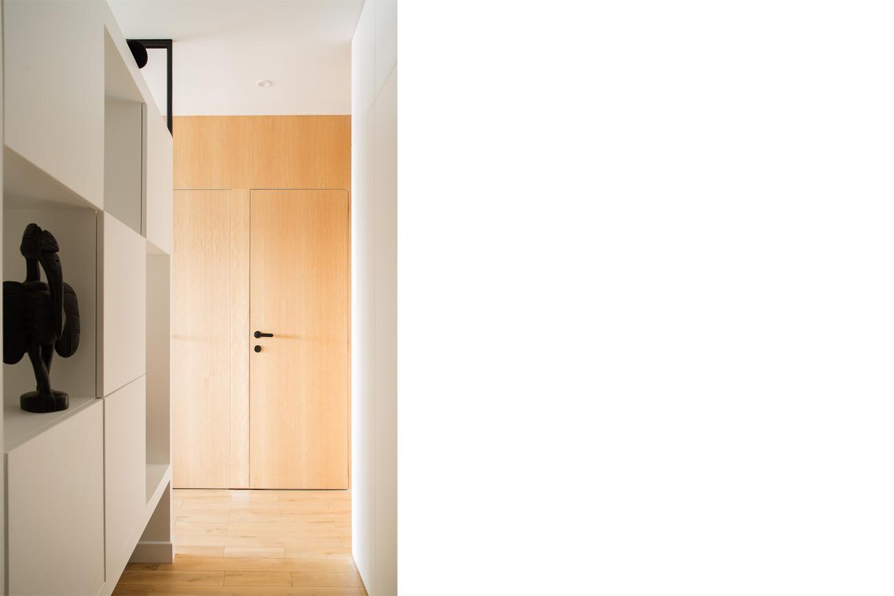 ban-architecture-renovation-appartement-paris-interieur-lumière-traversante-bleu-loft-maison-blanche-75-13