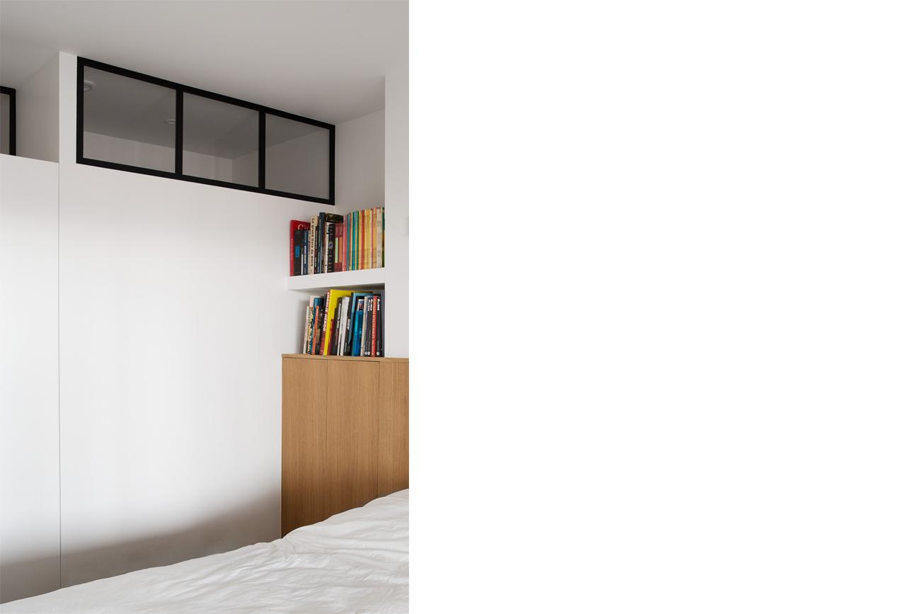 ban-architecture-renovation-appartement-paris-interieur-lumière-traversante-bleu-loft-maison-blanche-75-6