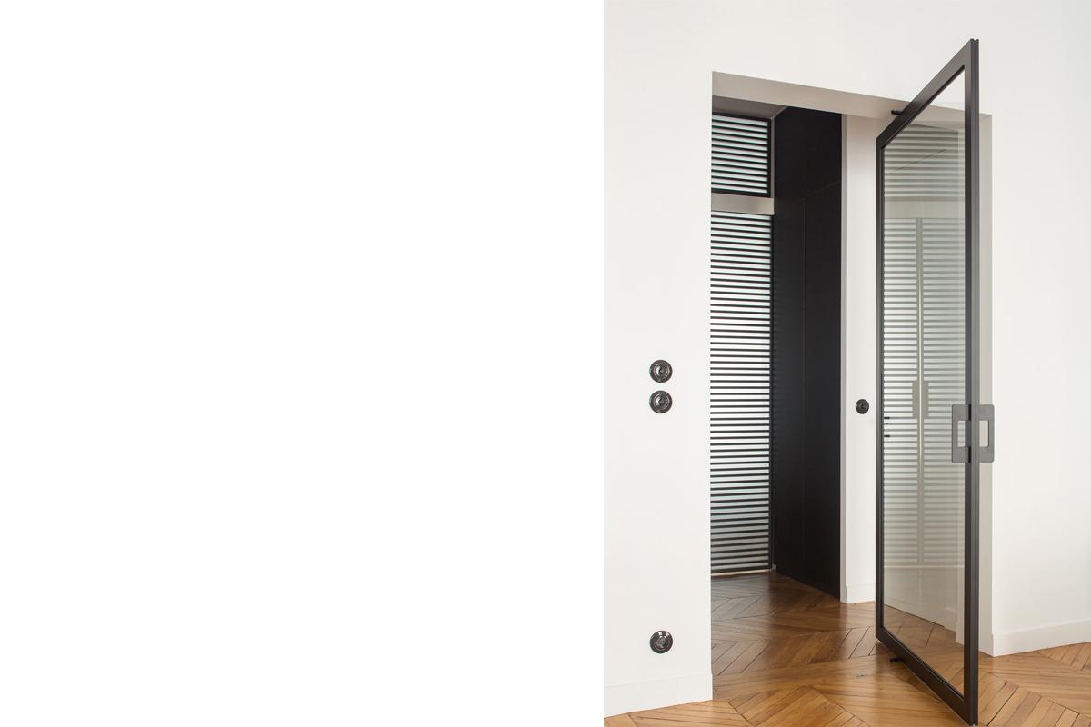 ban-architecture-renovation-appartement-hausmannien-courcelles-paris-interieur-idée-noire-75-10