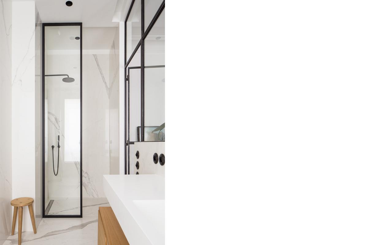 ban-architecture-renovation-appartement-hausmannien-courcelles-paris-interieur-idée-noire-75-13
