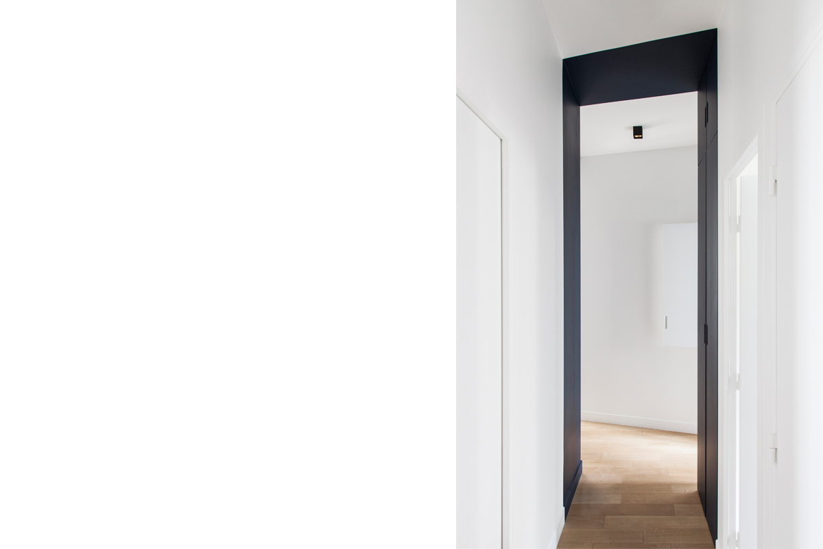 ban-architecture-appartement-renovation-paris-bleu-nuit-contemporain-clair-obscur-architecture-interieur-design-noir-14