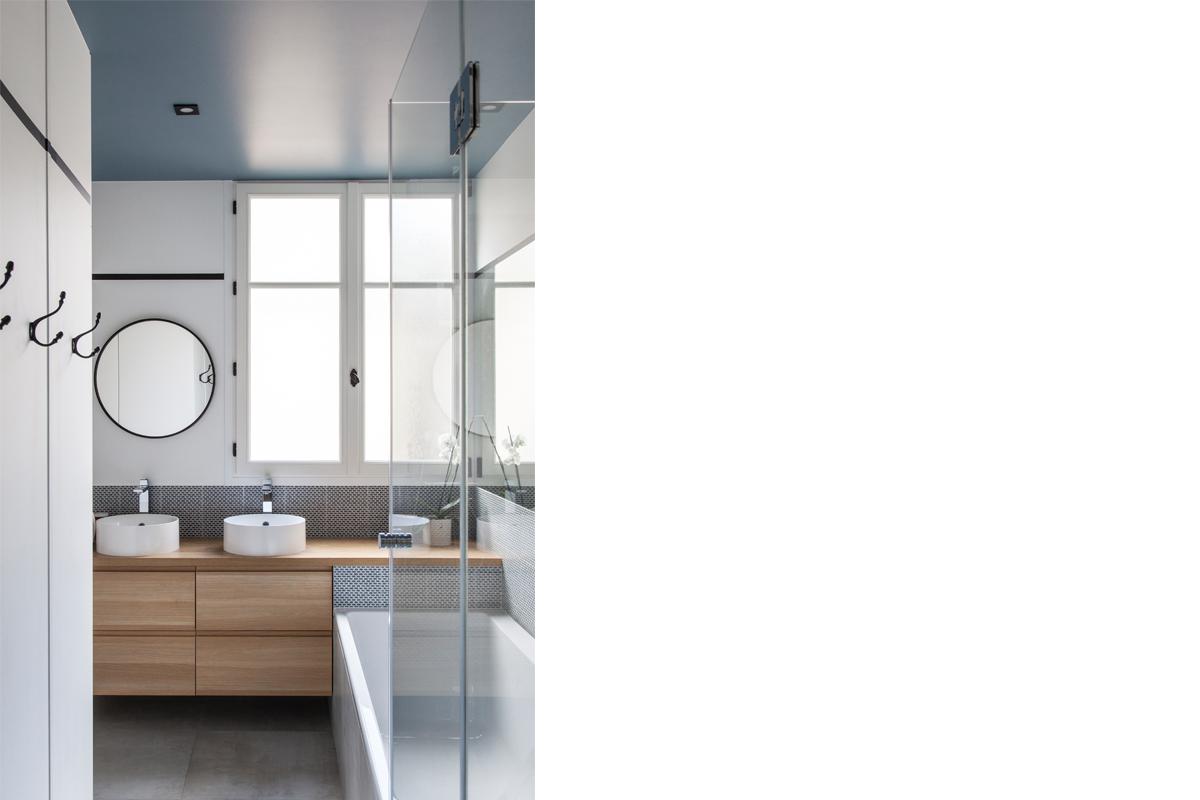ban-architecture-appartement-renovation-paris-bleu-nuit-contemporain-clair-obscur-architecture-interieur-design-noir-15