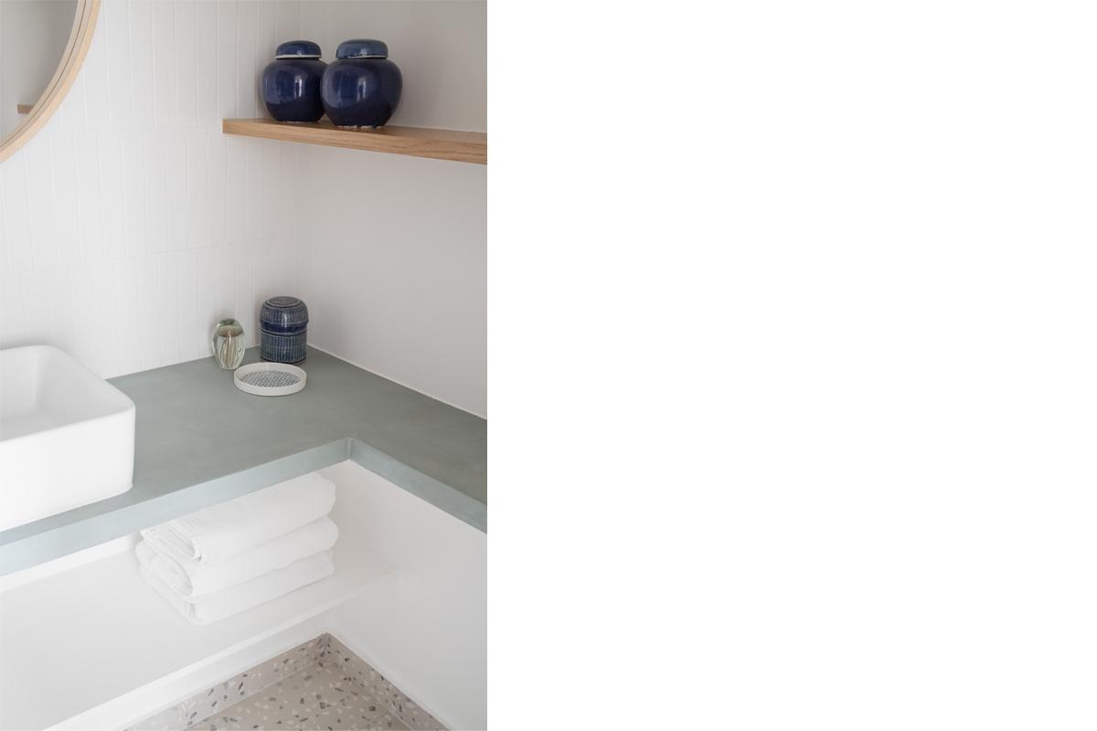 ban-architecture-appartement-renovation-paris-au-naturel-terrazzo-blanc-beige-greige-gris-architecture-interieur-design-11